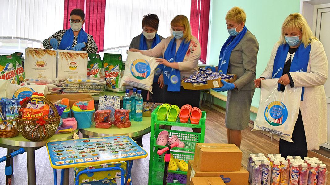 Воспитанников детского социального приюта в Борисове навестили гости