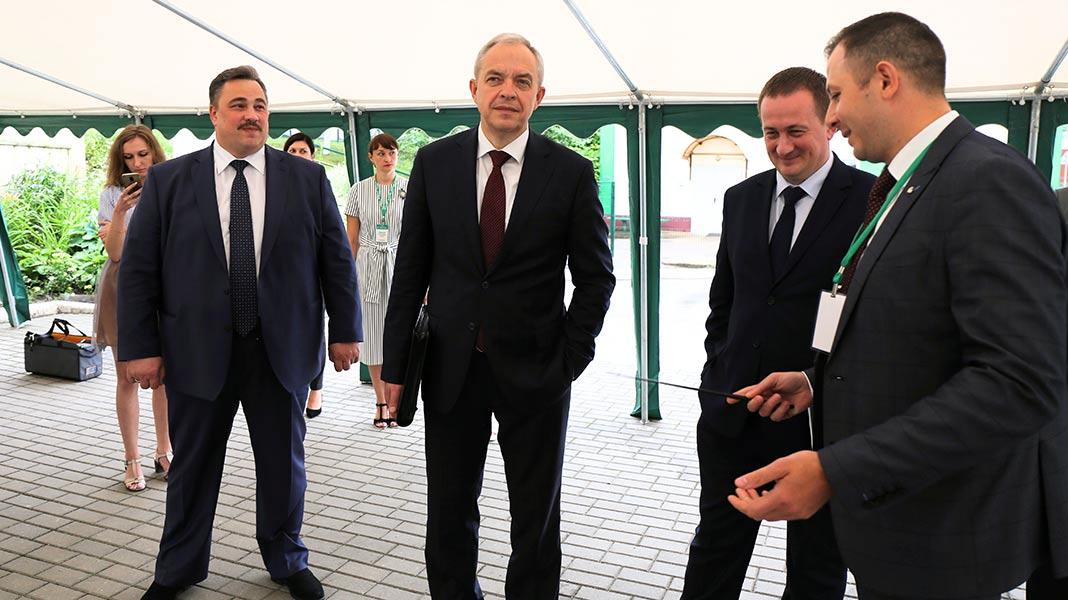 Глава Администрации Президента и председатель Миноблисполкома посетили Борисов