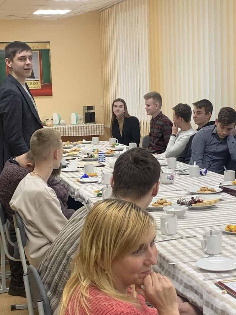 Армейские будни и совет школьникам от главы района