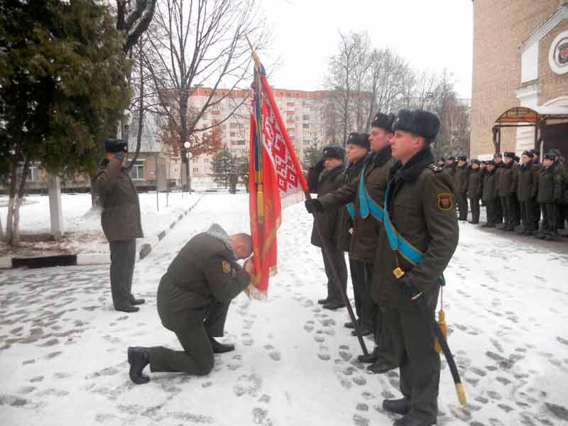 В 740 зенитном ракетном полку новый командир