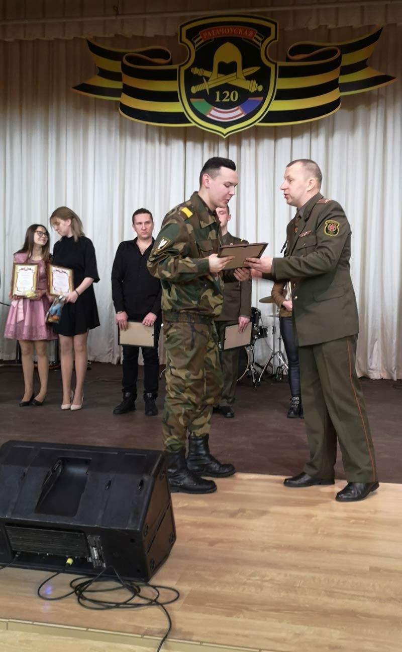 Борисовчане — в финале армейской песни «Звезда»!