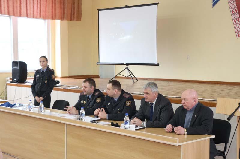 Полезная встреча с представителями Госавтоинспекции центрального региона