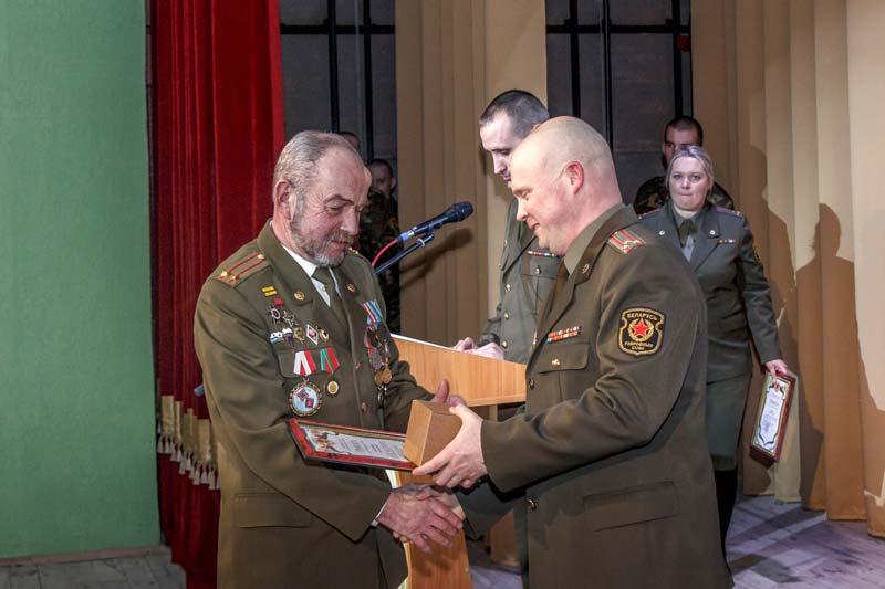 В Печах поздравили воинов-интернационалистов