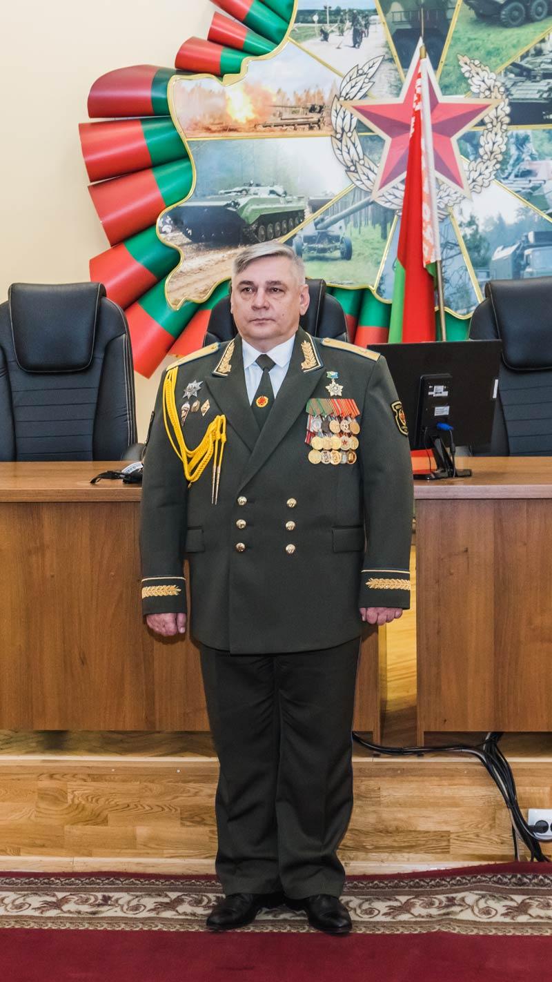 В Борисове представили нового командующего войсками Северо-западного оперативного командования