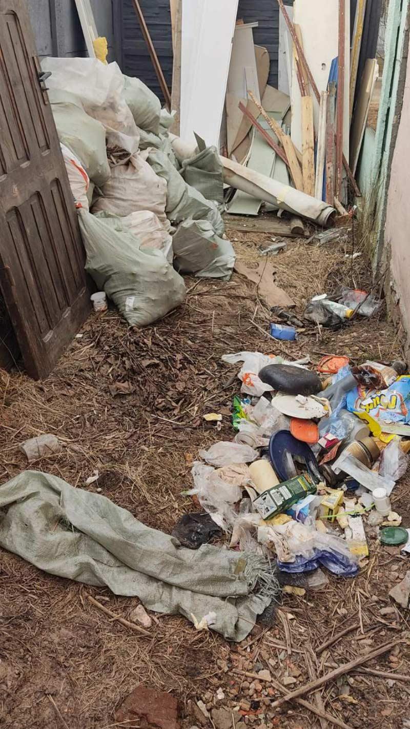 По следам «горячей линии» «А»: как заставить соседей вывезти строительный мусор?