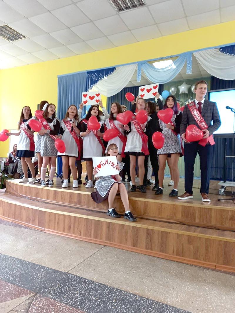 Выпускники Борисовщины прощаются со школой