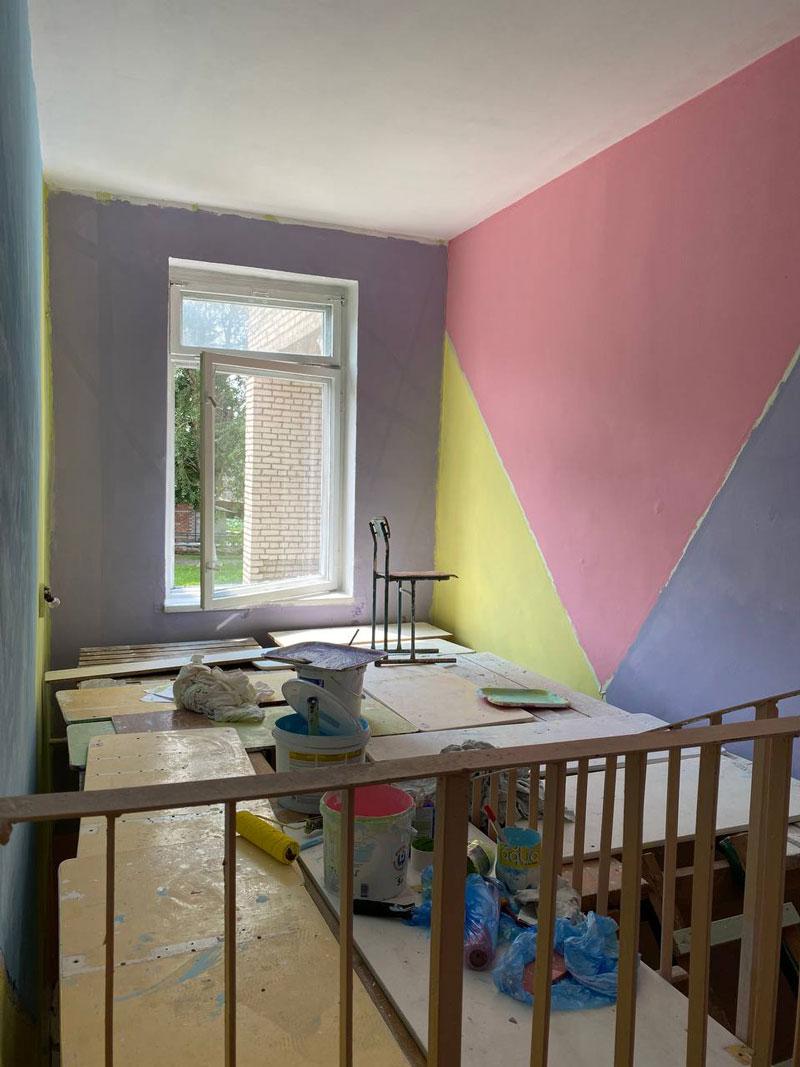 """Готовь школы летом: корреспондент """"А"""" узнала, какие ремонтные работы идут в учреждениях образования Борисовщины"""