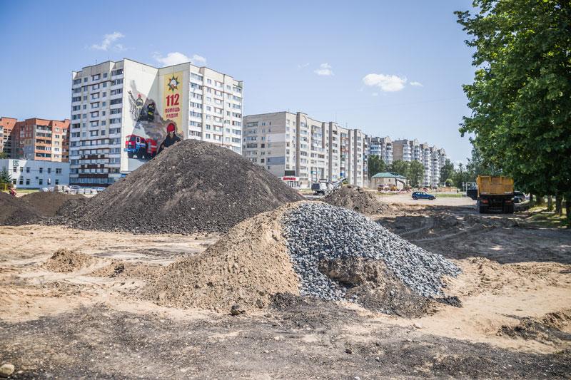 Почему перекрыто движение на ул. М. Горького? Узнали, какие работы там ведутся