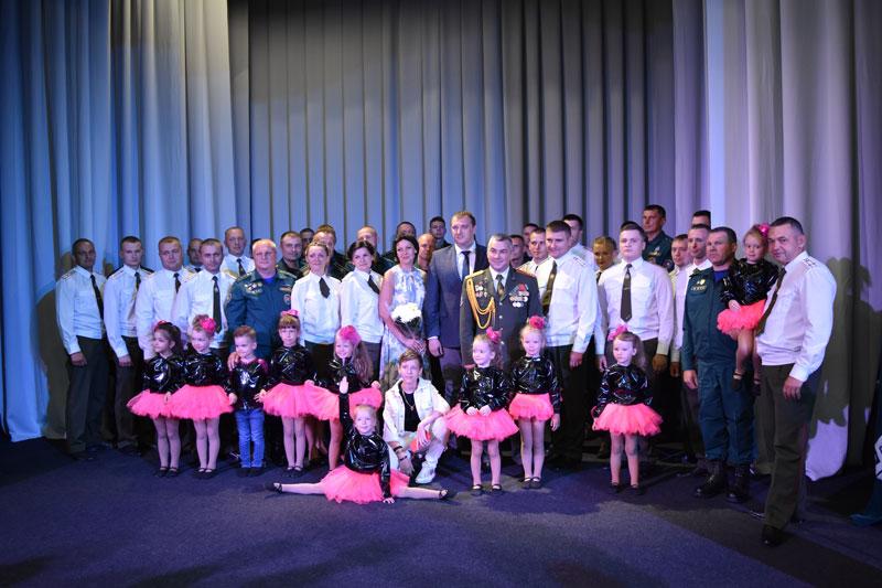 «Сухих рукавов!»: сотрудники Борисовского ГРОЧС отмечают профессиональный праздник