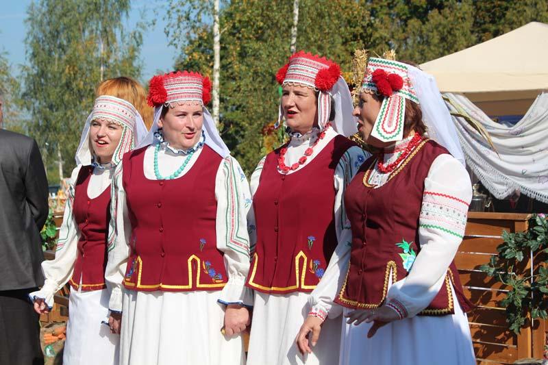 Районные «Дажынкi» прошли сегодня в Холхолице